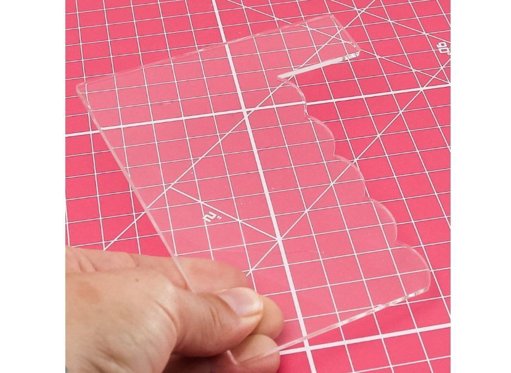 Acrylic Side Scraper - Scalloped Edge