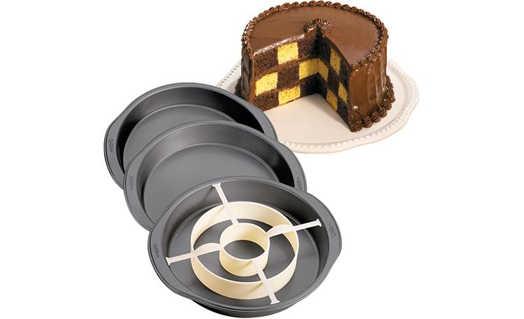 Wilton Checkerboard Cake Set