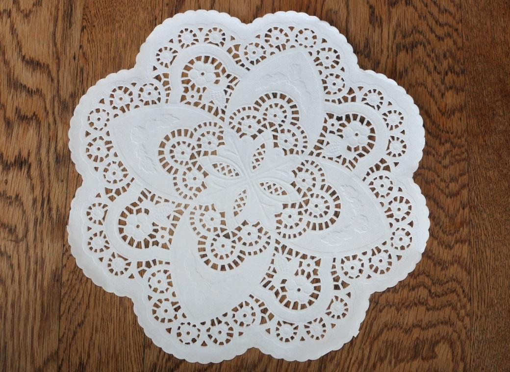 White Doilies - 305mm - 25 Pack