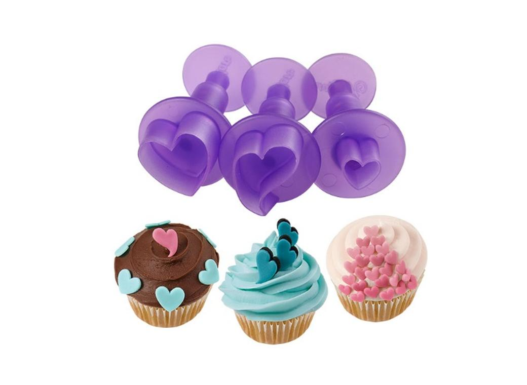Wilton Hearts Mini Fondant Cut-Outs Set