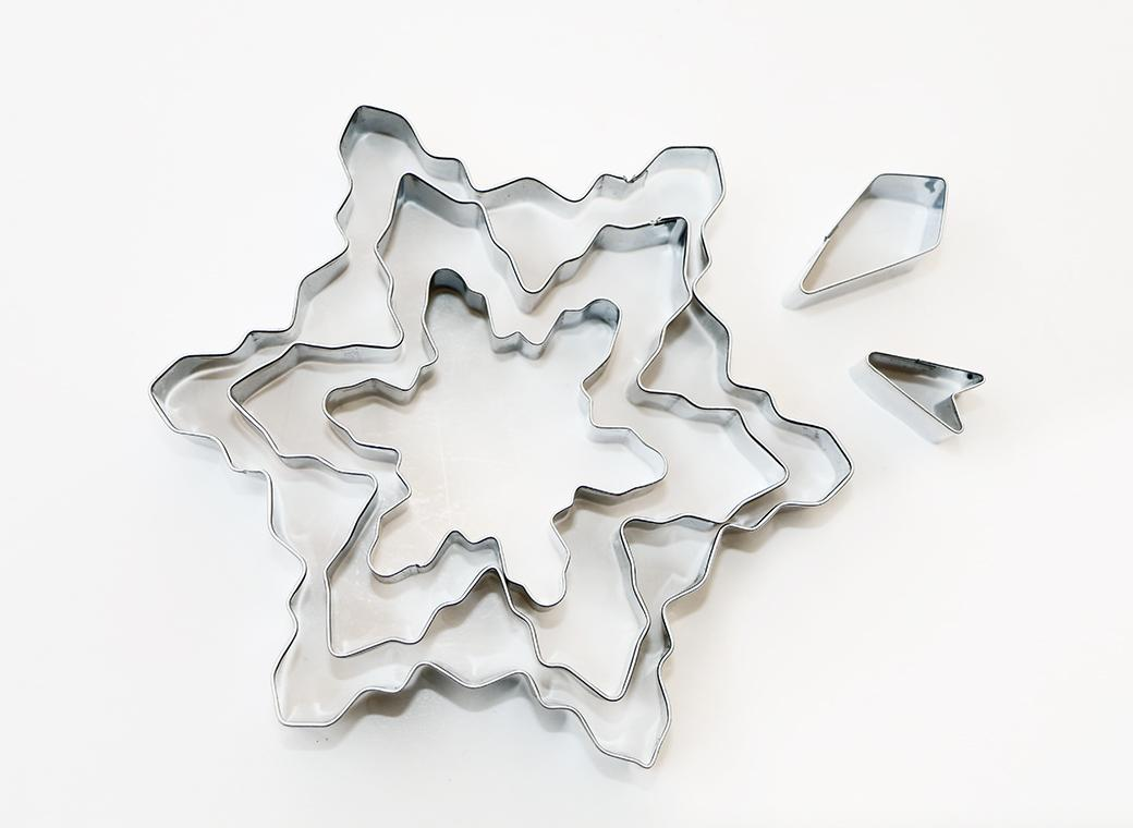 Snowflake 5 pce Cookie Cutter Set