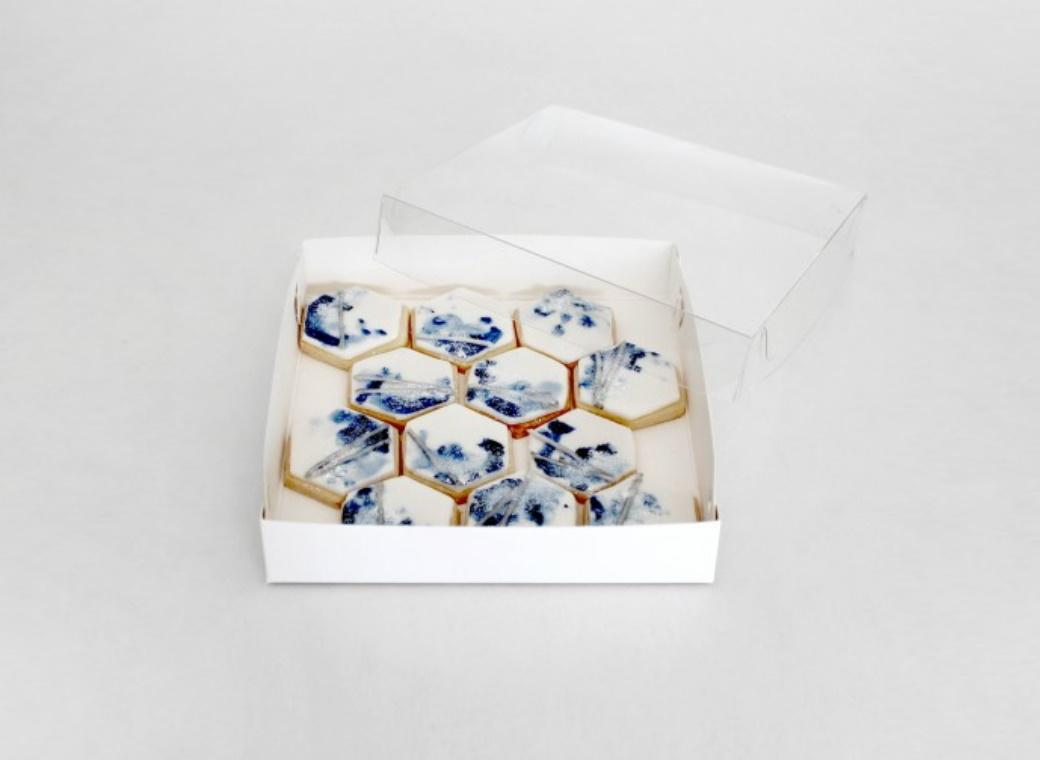 LOYAL Clear Lid Biscuit Box 6 x 6in