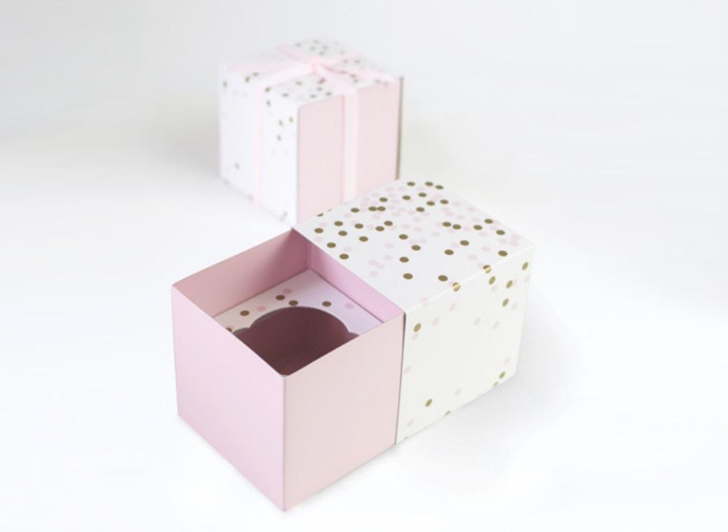 Paper Eskimo Cupcake Boxes - Pink Confetti