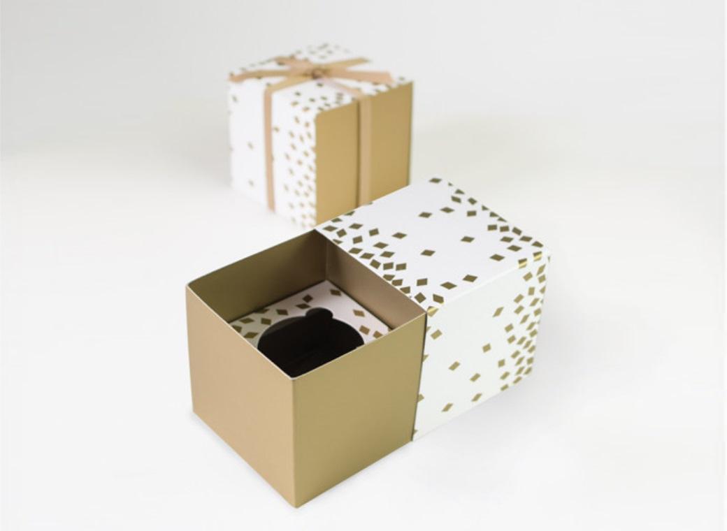 Paper Eskimo Cupcake Boxes - Geo Gold