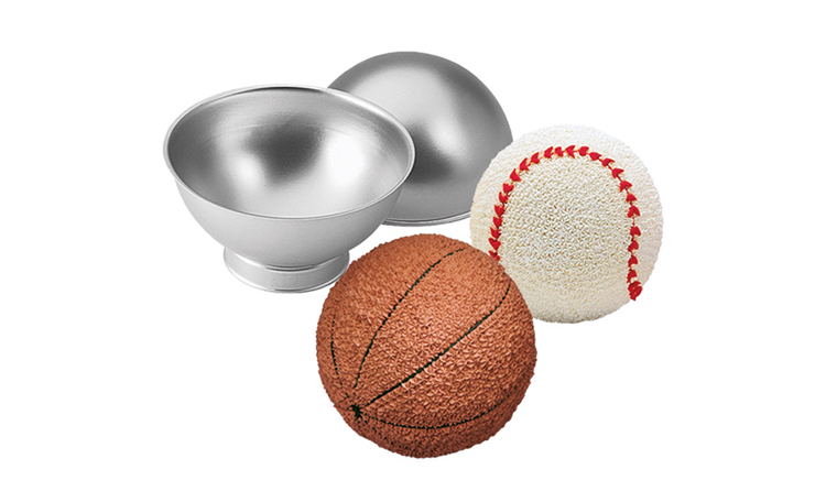 Wilton Sports Ball Pan Set